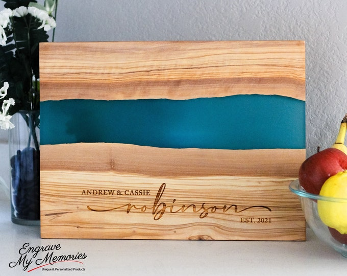 Personalized Charcuterie Board, Gifts for the Couple, Live Edge Serving Board, Custom Anniversary Gift, Resin Chopping Board, Wedding Gift
