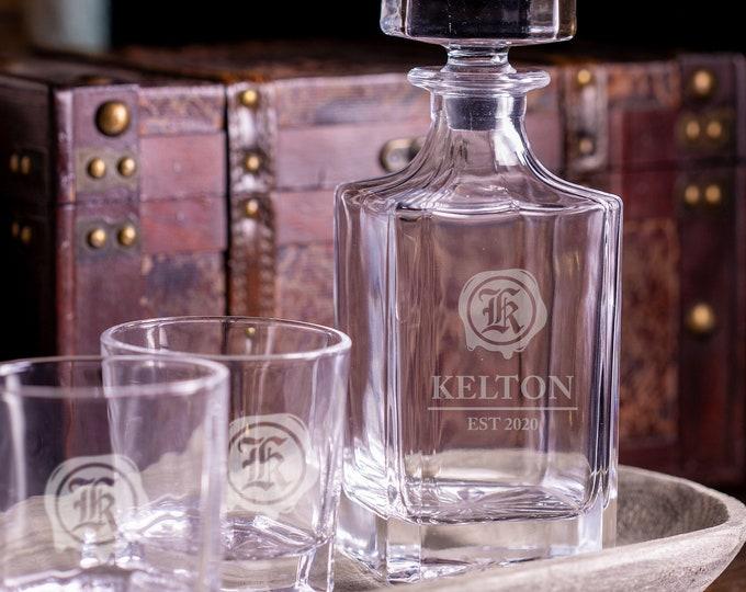 Personalized Groomsmen Gift, Whiskey Decanter, Bourbon Decanter, Scotch Decanter, Whiskey Glass Bottle, Whiskey Dispenser, Men's Gift