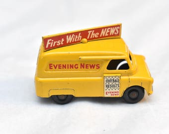 Matchbox Lesney No.42 Evening News Van, Smooth tread BPW Football Results, made in England Original Vintage Die Cast Toy Car Collection