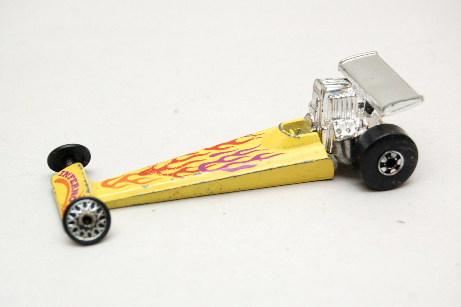 Original Hot Wheels Inferno Rear Engine Dragster Black Wall