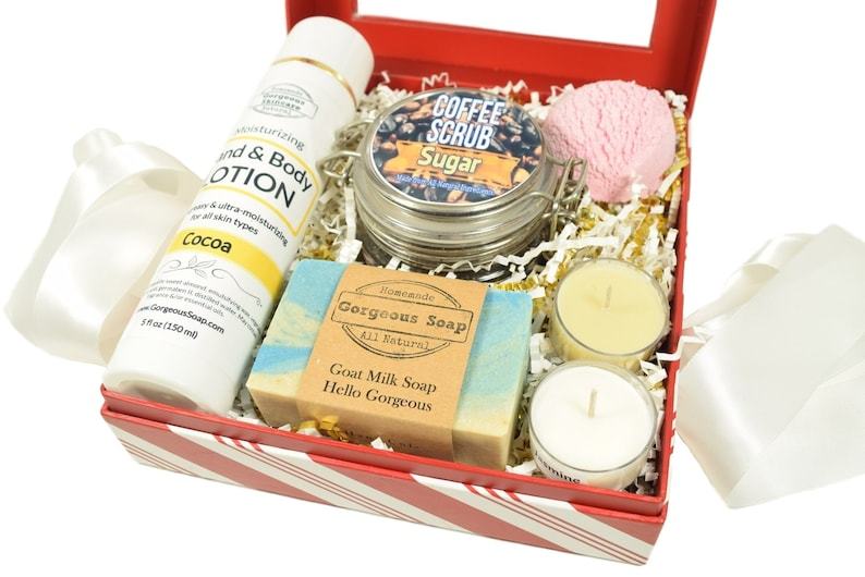 image 0 ...  sc 1 st  Etsy & Gift Box For Her Gift Box For Couples Spa Box Gift Box For   Etsy