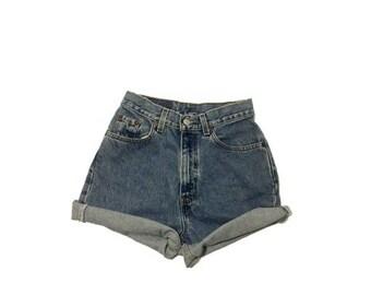 Vintage Levi Cut-off denim shorts