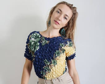Blue and Yellow Floral Micro Pleat/Popcorn Tee