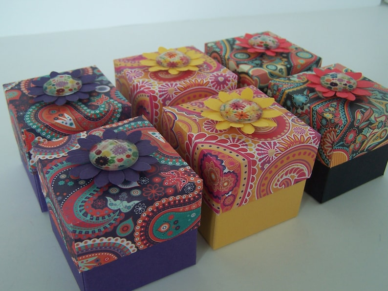 fully assembled Spring Treat Boxes Party Favor Boxes SET of 6 Summer Paisley Flower Designs