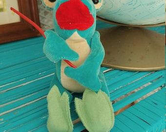 Vintage Steiff like stuffed Froggie went a courtin'