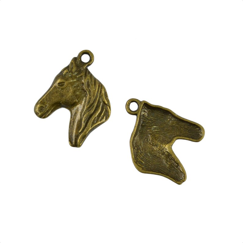 5//15pcs Bronze ancient silver exquisite horsehead pendant