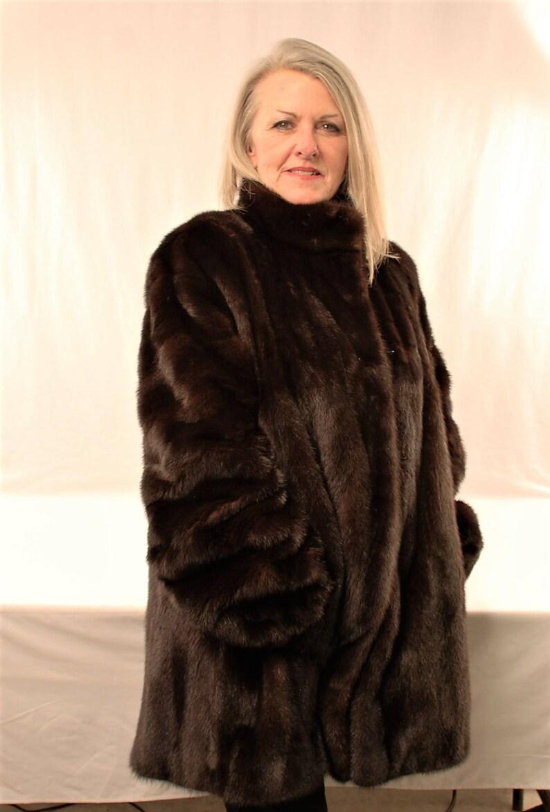 Mink Coat Value >> Mink Fur Coat Vintage 70 S Blackglama Dark Brown Serialized Label Italy Designer Pellicceria Annabella Great Lakes Mink Association