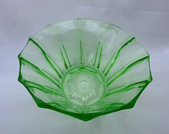 Art Deco green glass bowl, vintage oval green glass dish with fluted sides. 1930's serving dish, fruit bowl, pressed glass bowl, home decor
