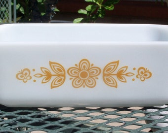 Pyrex Butterfly Gold Loaf Pan