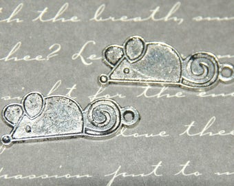 2 charms 11x27mm silver mouse