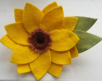 85c079f0256 Sunflower Brooch