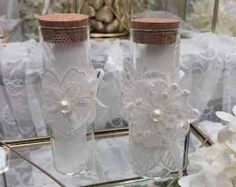 Cute favors Lace bomboniere 50-200 Dragees favors Wedding favors Guests baptism favors White Beige giveaway Unique pouch favor Girl Boy gift