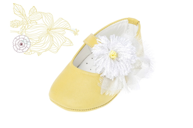 aefce4e15d3ca Crib girl shoes Leather new born shoes Baby girl shoes Unique newborn gift  Baby shoes Baby baptism yellow shoes size 1 2 3 4 US EU