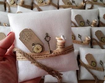 Unique wedding favors fall wedding favors rustic wedding favors key favors cushion bridesmaid gift key clock wedding favors guests gift