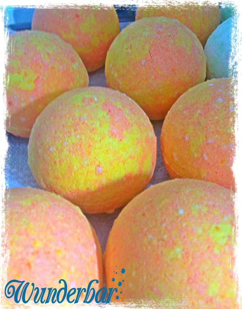 Fruit Fiesta Bath Bomb image 0