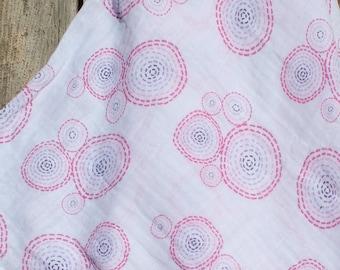 47x47 Ombre Bubbles Muslin/Double Gauze Swaddling Blanket, Ombre Swaddle, Swaddle, Swaddle Blanket, Girl Swaddle