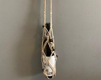 Oba - Handmade Macrame Bottle Holder