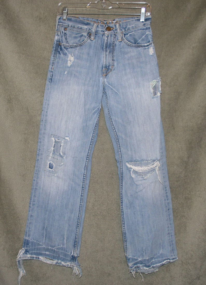 New American Eagle Men/'s Jeans Low Rise Boot Destroyed Size 28x28