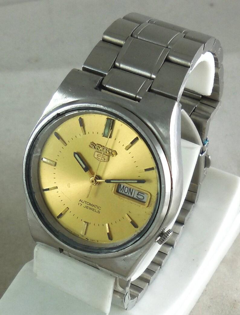 ebec9641178c Reloj VINTAGE SEIKO 5 automático 17J Japón 7526-0310