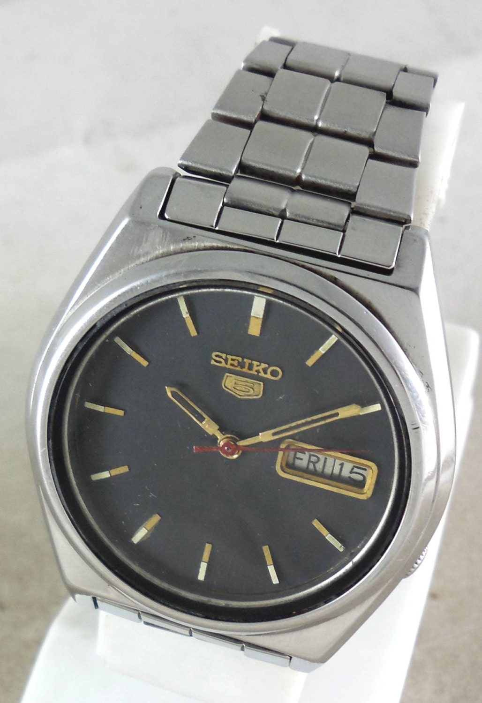 dfe95914384c Original VINTAGE SEIKO 5 Automatic 17J Japan 7009-8761 Running