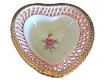 Heart Ring Dish, Trinket Dish, Porcelain Ring Dish, Lattice Porcelain, Jewelry Dish, Vintage Ring Holder, Pink Porcelain, Wedding Gift
