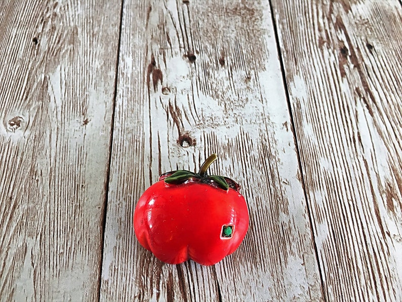 HAR Tomato Brooch Hargo Tomato Pin Vegetable Brooch Red image 0
