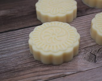 French Pear & Cashmere Solid LOTION BAR with Cocoa Butter, Illipe Butter, Candelilla wax, Dry Skin Solid Lotion, Vegan