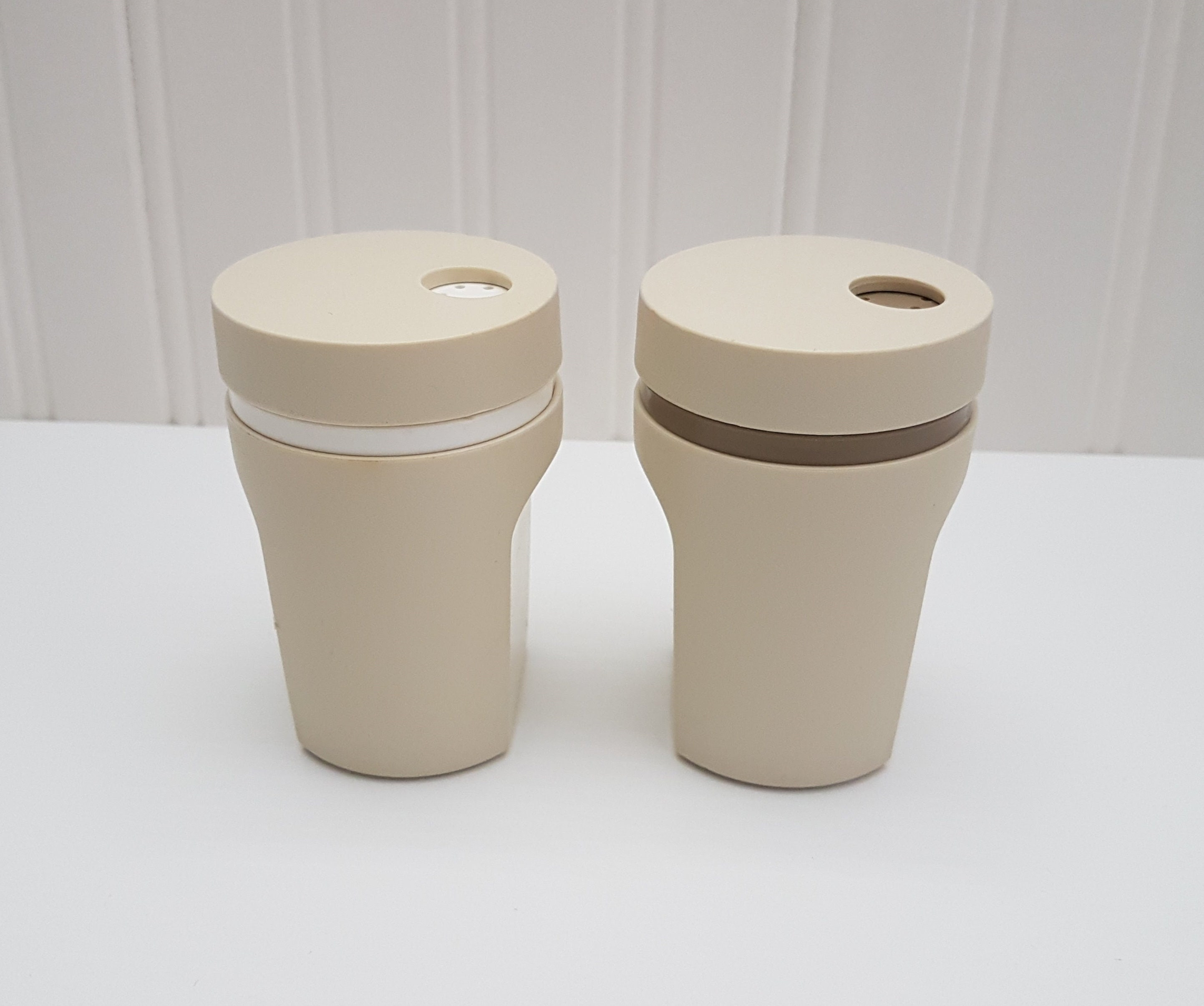 Vintage Tupperware Salt And Pepper Shakers Made In Canada Twist Top Lid Patio Picnic Camping White Brown Almond Pair Set Kitchen