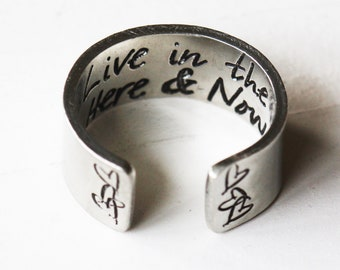 Live in the here & now pewter wide ring - secret message ring, Inspirational Jewelry | Mantra jewellery | Empowering ring