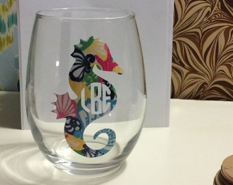 ONE Monogrammed Lilly Pulitzer Print Wine Glass - Southern, Nautical, Sorority