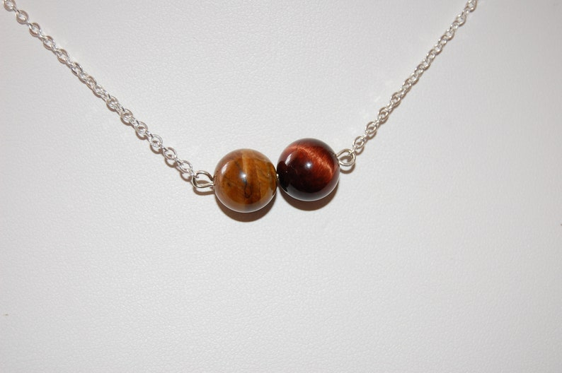 Tigers Eye Necklace,Travelers Stone Protection Stone,Solar Plexus Stone,Circle Jewelry,Gift ideas for her,Dainty Pendants,Tigers Eye Crystal