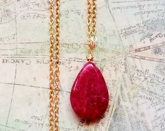 Dainty Red Ruby Pendant Necklace, 14kt Gold Filled Necklace, Natural Red Ruby Jewelry, Gold Ruby Necklace