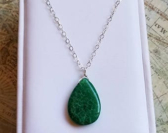 Dainty Green Emerald Pendant Necklace, Sterling Silver Necklace, Natural Green Emerald Jewelry, 925 Sterling Silver, Emerald Necklace
