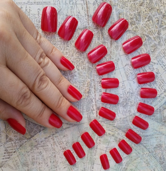 24 Short Red Nails Press on Nails Glue on Nails Blood   Etsy