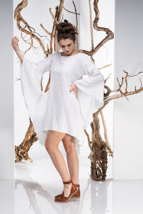 Linen Kimono Dress, Linen Tunic Dress, Plus Size Dress, Batwing Dress,  Kimono Dress, White Tunic Dress, Plus Size Linen, Avant Garde Dress