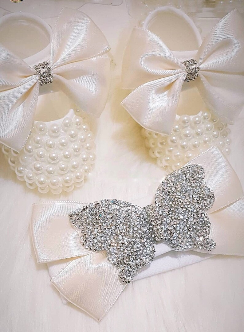 Handmade Pearl White Bow Baby Shoes and Hairband   Luxury Baby  e1d0948fa28a