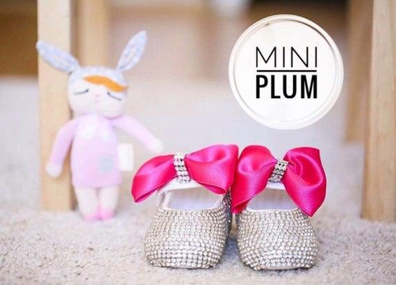 Fait à la main cristaux Swarovski rose chaud chaud chaud pour bébé nouveau-né chaussures luxe bébé cadeau / baptême chaussures /cadeau de Baby Girl cadeau /Gifts pour bébé fille | Insolite  728803