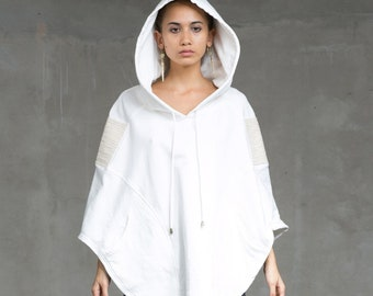BOA HOODED PONCHO - Off white Poncho - Poncho with hood - Women's Hoodie - Haus of Sparrow - Maker: Monica Wallway