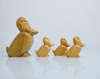 Ducks wooden figure figure Ore Mountains duck family GDR