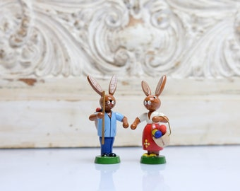 Easter Bunny Couple Figures Bunnies from the 90s Handmade Ore Mountains RG seiffen