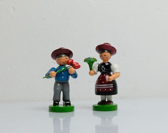 The Gratulant Die Gratulantin Pair Of Figures Easter Handmade GDR Ore Mountains