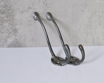 2 iron coat hooks wall hook old hat jacket hook towel holder vintage Bauhaus a017