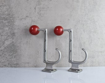 2 coat hooks red aluminum wall hook old hat jacket hook brass hook towel holder vintage Bauhaus a010