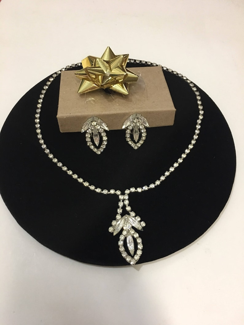 Vintage 1950s Rhinestone Necklace and Clip On Earrings Set Free Shipping!