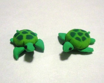 Handmade polymer clay sea turtle miniature figures / dollhouse miniatures
