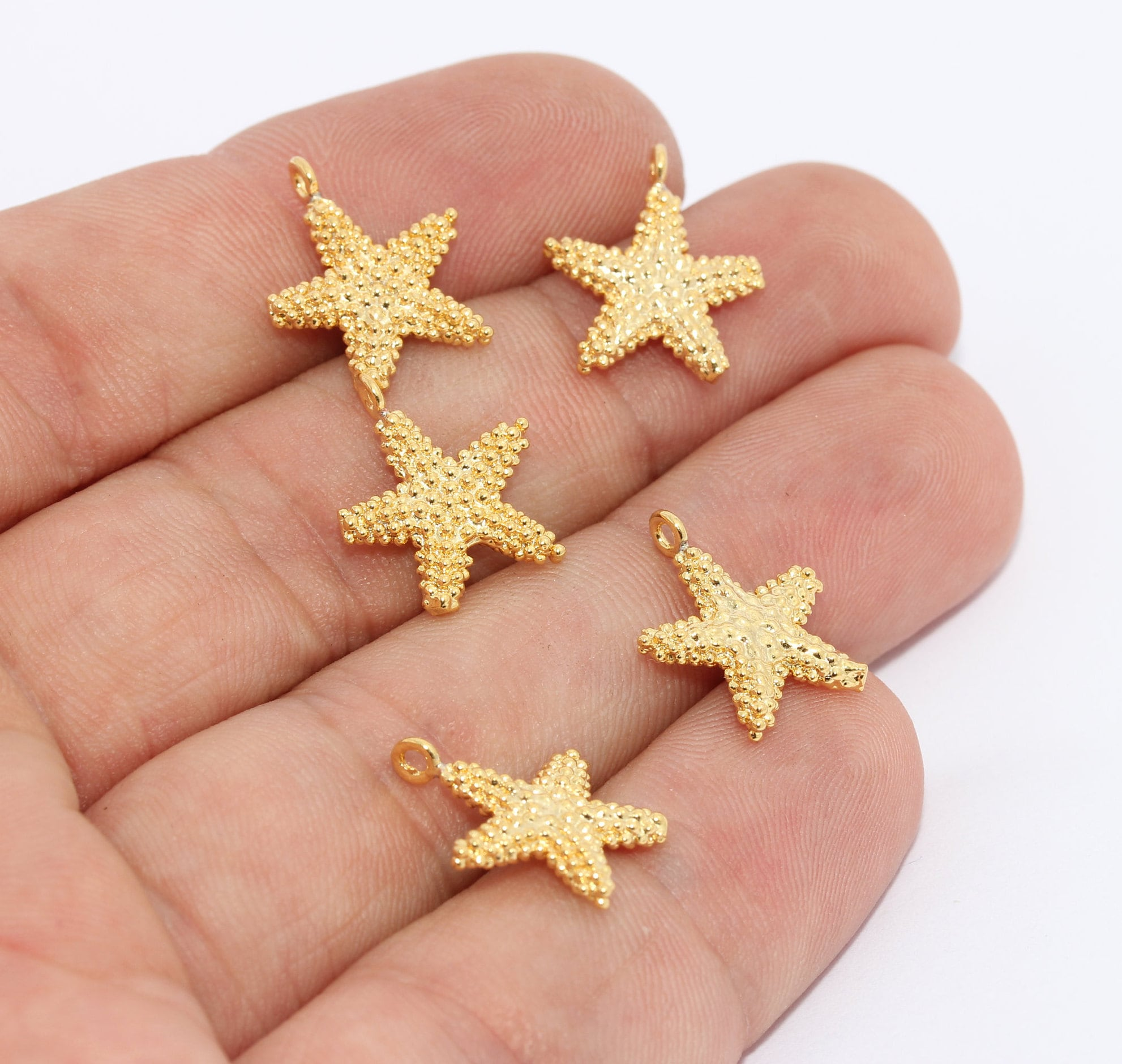 Neon Enamel Oyster Findings GLD095 Minimal Oyster Charms 9,5x10,5 mm 24k Shiny Gold Plated Oyster Charms Yellow Enamel Star Charms
