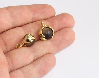 16x20mm 24k Shiny Gold Hands Charms, Hand Hold Glass Ball Pendant, Cute Design Pendant, Black Ball Charm, Gold Plated Findings, SLM162