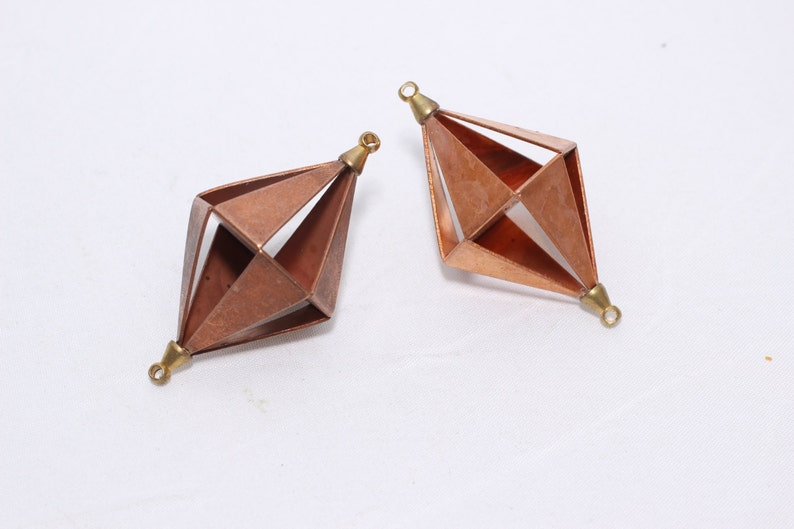 Raw Copper Pyramid Necklace - triangle necklace (24x46,5mm) prism necklace  - asymmetric necklace - geometric necklace - 3d necklace , YNS31