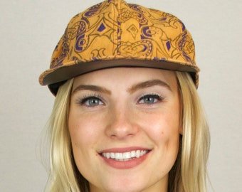 Vintage 80s Abstract Print Snapback Cap Hat