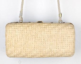 Vintage Woven Straw Bag Beige Rattan 1950s 60s Women's Retro Kiss Lock Gold Hardware Rope Strap Spring Summer Box Purse Handbag